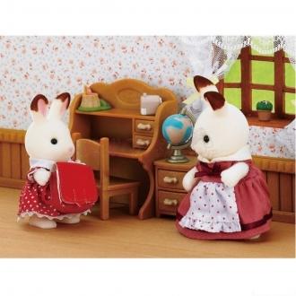 Sylvanian Families - Sestra čokoládových králíčků se stolkem