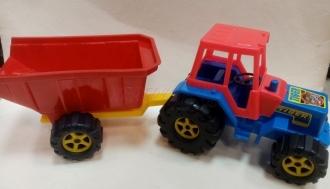 Traktor se sklápěcím vlekem TIGER