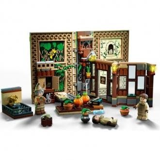 76384 LEGO HARRY POTTER – Kouzelné momenty z Bradavic: Hodina bylinkářství
