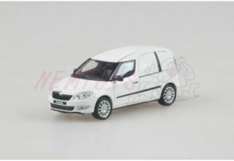 Abrex Škoda Roomster FL Praktik (2010) 1:43 white candy